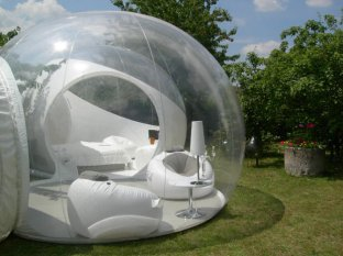 bubble-house_1761838i